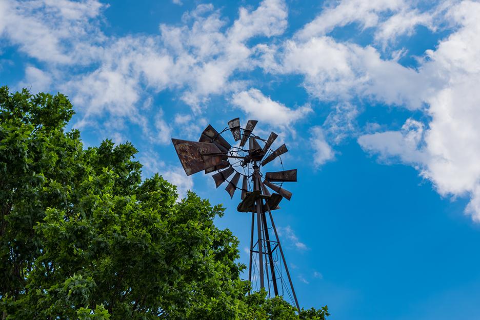 IMG2238_farm_windmill.jpg